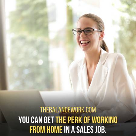 Work In A Sales Department And Earn Commissions